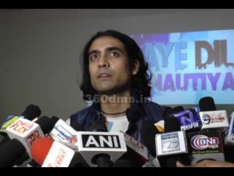 Jubin Nautiyal Makes An INTERESTING Comment On Sonu Nigam's Acting - Watch Interview!