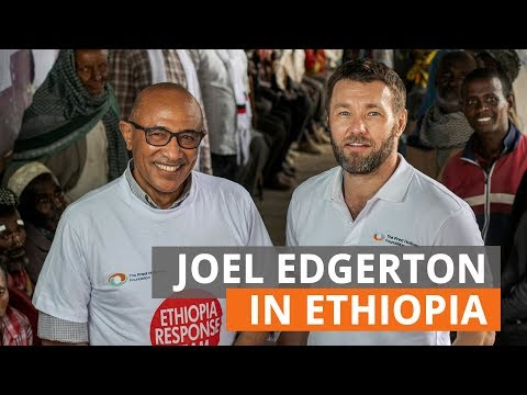 Joel Edgerton joins the fight against trachoma in Ethiopia