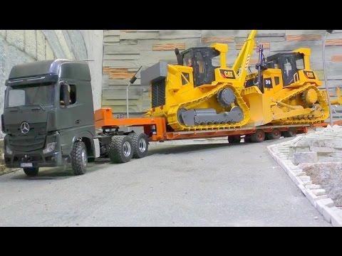 HEAVY TRANSPORT - TWO FANTASTIC D9 RC DOZER TRANSPORT! RC LIVE ACTION TOIYS BULLDOZER