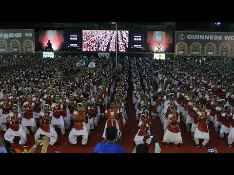 5,000 Indian classical dancers set Guinness world record