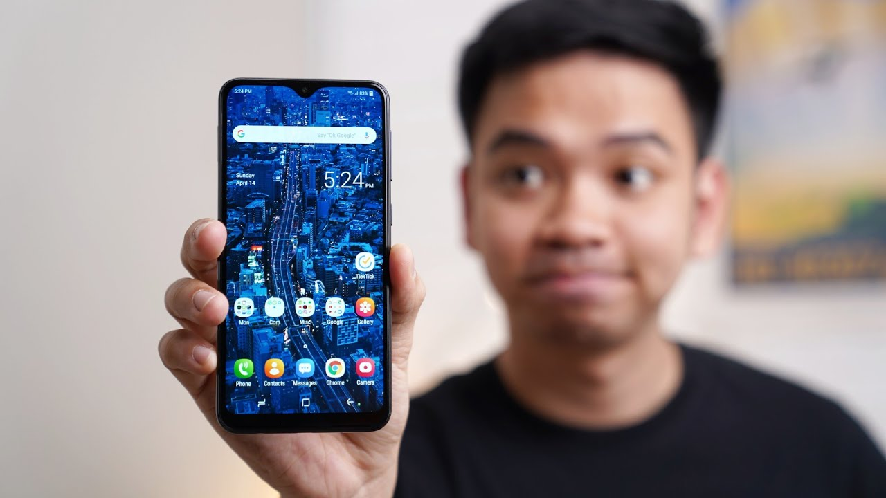 Galaxy M10 review: Display