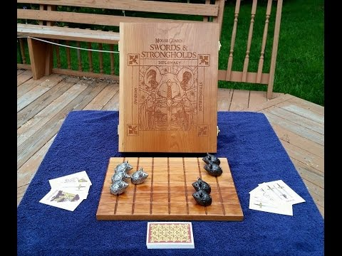 Mouse Guard: Swords & Strongholds Deluxe Edition