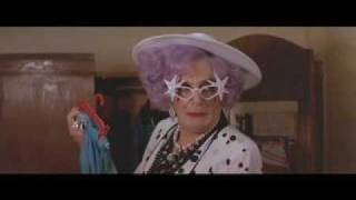 Dame Edna has a Mommie Dearest moment - No Wire Hangers !!!