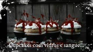 Cupcakes com Vidros e Sangue, ideais para o Halloween....