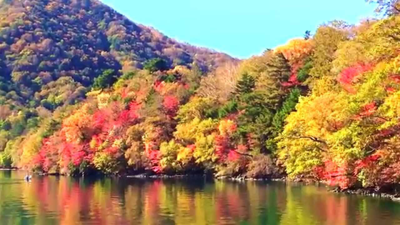 紅葉の中禅寺湖(2014年10月18日)