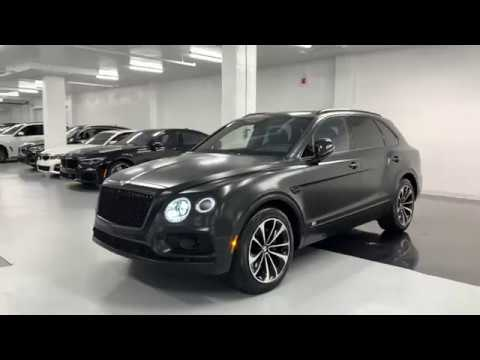 bentley-bentayga-w12-matte-black---revs-+-walkaround