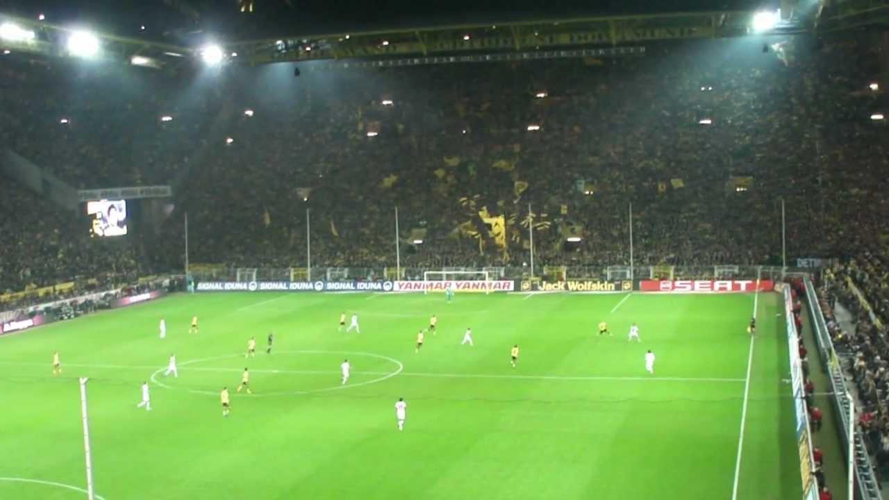 Borussia Dortmund - VfB Stuttgart: Tor Kagawa (33., 1:0)