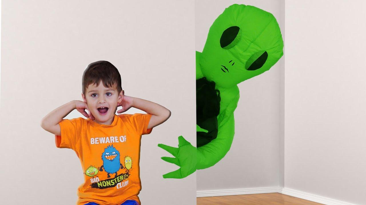 Peek a Boo Spanish by LESGOMARTIN Canciones Infantiles