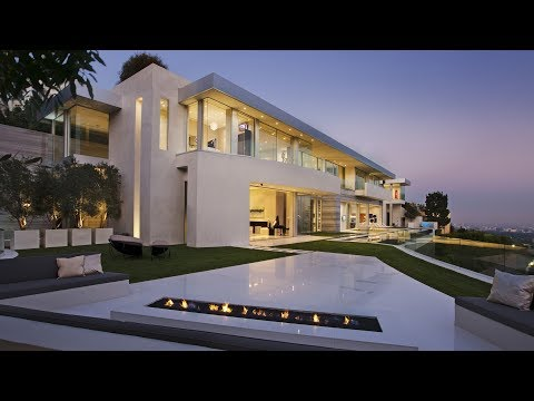 Incredible Luxury Modern Mansion in Los Angles