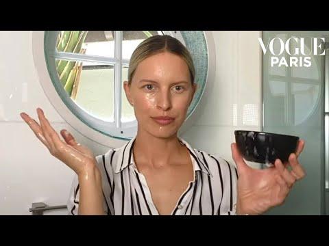 model-karolína-kurková's-10-diy-natural-beauty-hacks- -vogue-paris