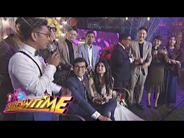 It's Showtime: Jhong, Bill and Amy apologize to the Mr. and Mrs. Heaussaff