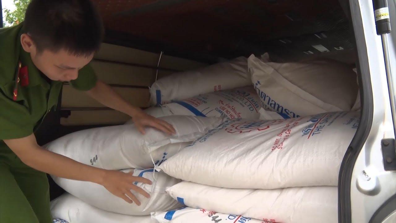 Quảng Trị: Liên tiếp bắt giữ 3 vụ vận chuyển hàng lậu