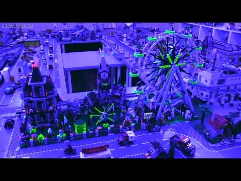 LEGO Halloween layout 2015! 🎃 Fluorescent blacklight FX! 💀 - YouTube