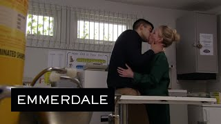 Paddy Walks In On Vanessa And Kirin Snogging In The Surgery - Emmerdale