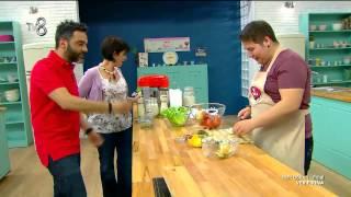 Ver Fırına - Yarışmacılar Bugün Küçük Hamburgerler Yapacaklar - 1 (10.06.2015)