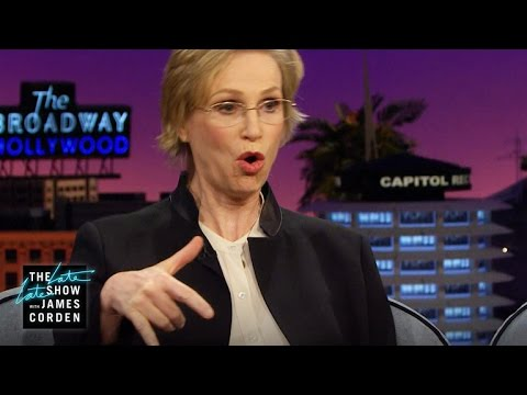 Jane Lynch Raps Nicki Minaj's Anaconda