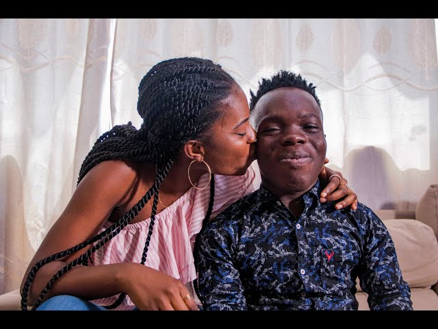 Shatta Bundle proposes to MC Naa on Live TV.Throws another challenge to Dangote