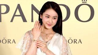女優の平祐奈が、パンドラ ジュエリー ジャパンの新商品「PANDOR...