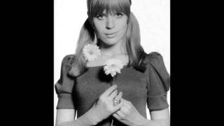 Watch Marianne Faithfull Et Maintenant video