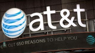DOJ will sue to block AT&T-Time Warner deal: Source thumbnail