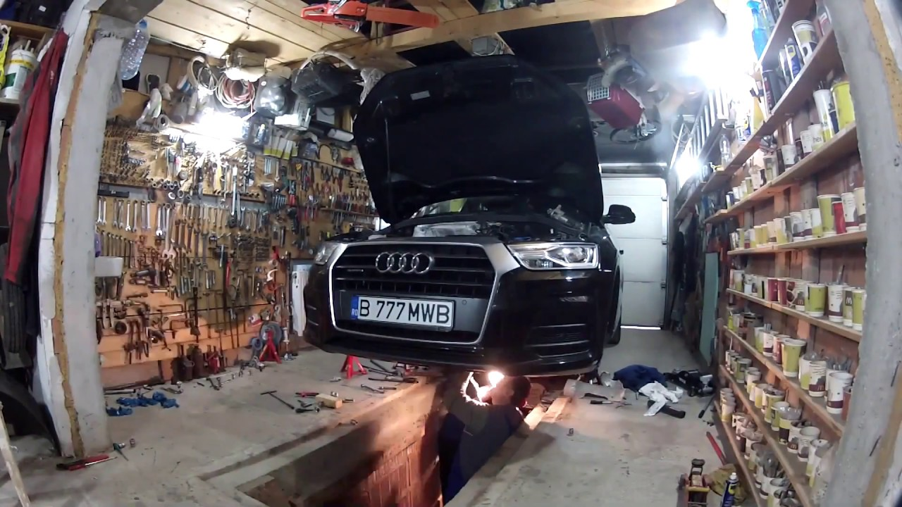 Audi Q3 2 0 tdi S-tronic: mechatronic, dual mass flywheel and clutch  assembly replacement