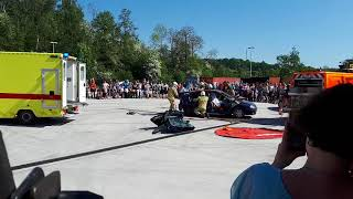 Pompier sambreville:portes ouvertes 2018 démonstration désincarcération.