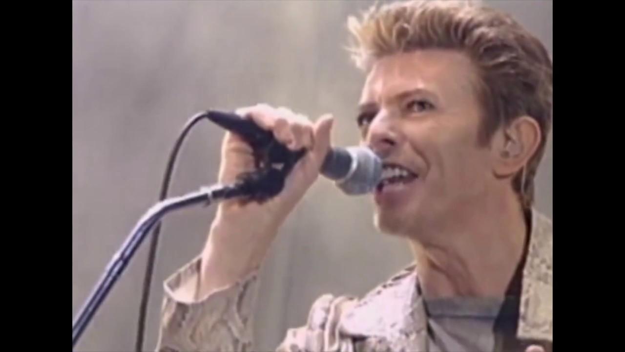 David Bowie & Nine Inch Nails: Dissonance, live 1995 (HD) - YouTube