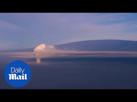 Aerial footage shows Kilauea volcano shoot smoke plumes into sky - Daily Mail