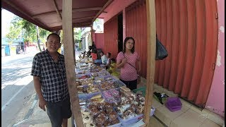 Madura Street Food 3095 Part.2 Bubur Menthu Sosis Kue-kue Pamekasan  YN010334