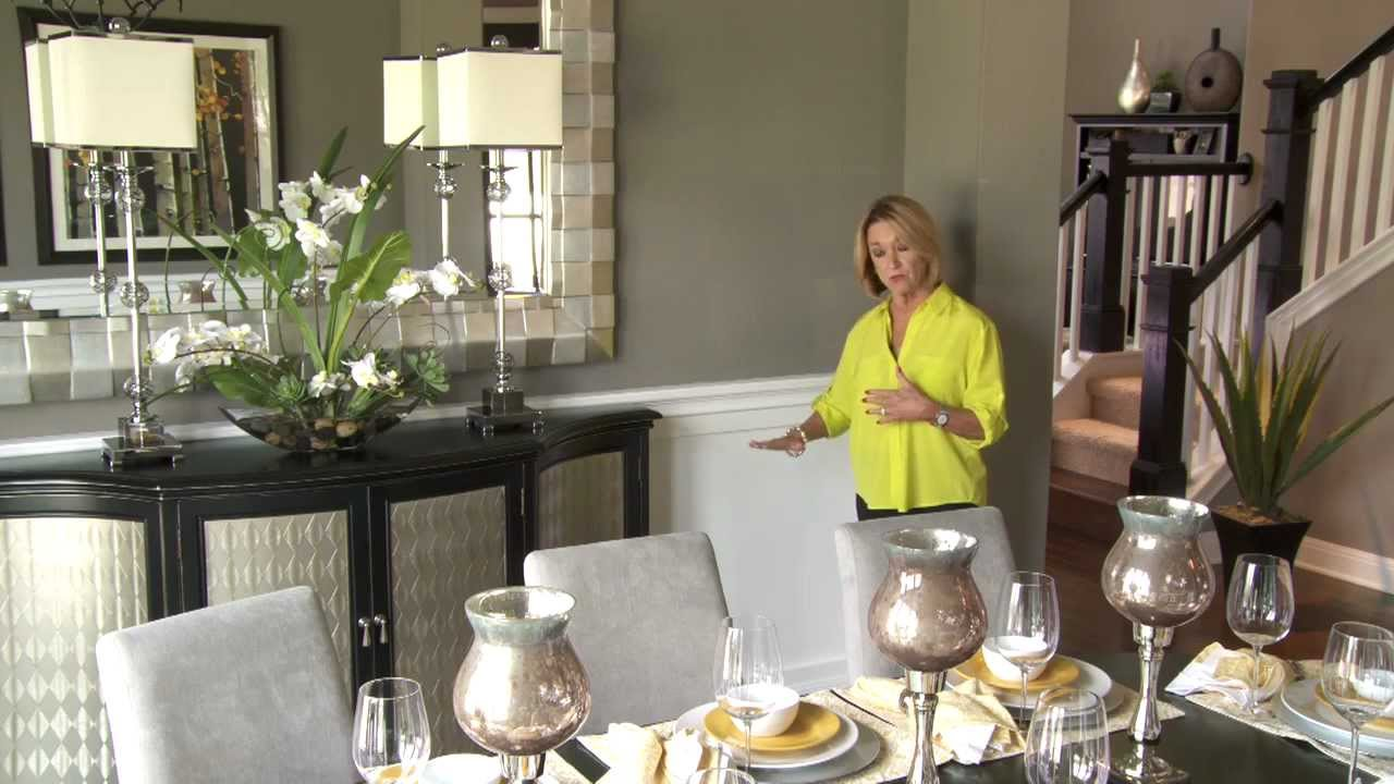 Design your dining room with mary dewalt new home source for Homes r us living room