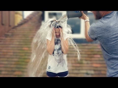 Zoella ALS Ice Bucket Challenge from YouTube · Duration:  13 minutes 14 seconds