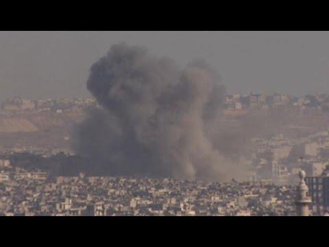 Deadly airstrikes continue in Aleppo