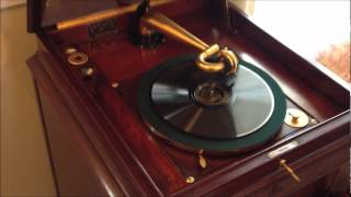 """Victor Victrola """"L-Door"""" VV-XVI Playing Ben Dewberry"""