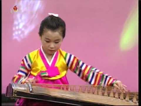 [Concert] Taedongmun Kindergarten {DPRK Music}