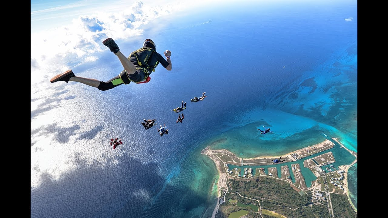 Skydiving over the Bahamas - Best jumps of 2018