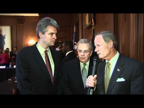 Sen. Tom Carper Discusses Job Creation with Delaware Business Leaders