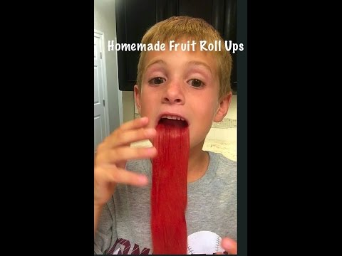 How to make homemade strawberry fruit roll ups- with kids, for kids