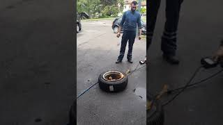 Comment gonflé  un pneu  au nettoyant frein garage Ricardo  geneve