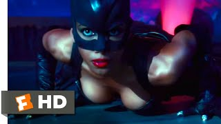 Catwoman (2004) - Catwoman on Stage Scene (6/10) | Movieclips