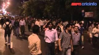 Running between the cricket - Episode 26 - India wins, but Mumbai loses
