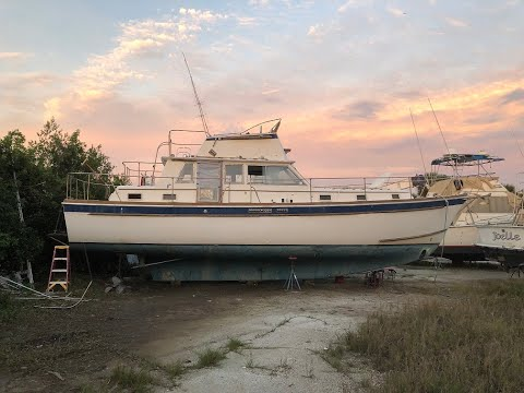 Electric Trawler Conversion using salvaged Prius components (donor boat walk through)