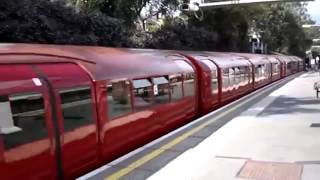 1938 stock train passing South Ealing westbound