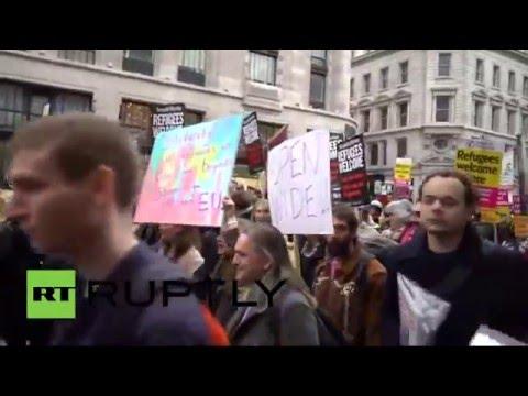 Une manifestation pro-réfugiés anime les rues de Londres (Direct du 19 mars)