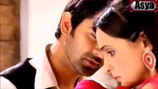 Nefretle başlıyan Aşk Hint klip (Elfida) bir garip aşk arnav khushi istek