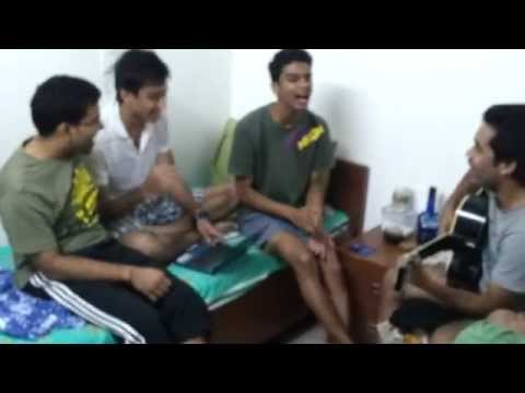 XL ki kudiyaan very very smart.....Hostel version