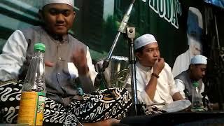 Gambar cover Hasan AZ Zahir bermain darbuka saat lagu ibu aku rindu versi AZ zahir