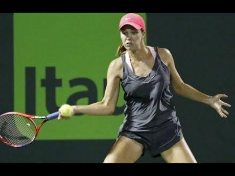 Qualifier Danielle Collins downs idol Venus Williams