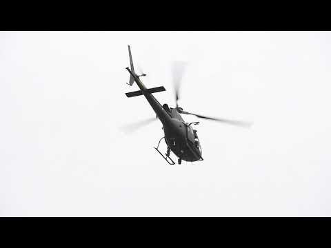 Helikopter søger efter Anders