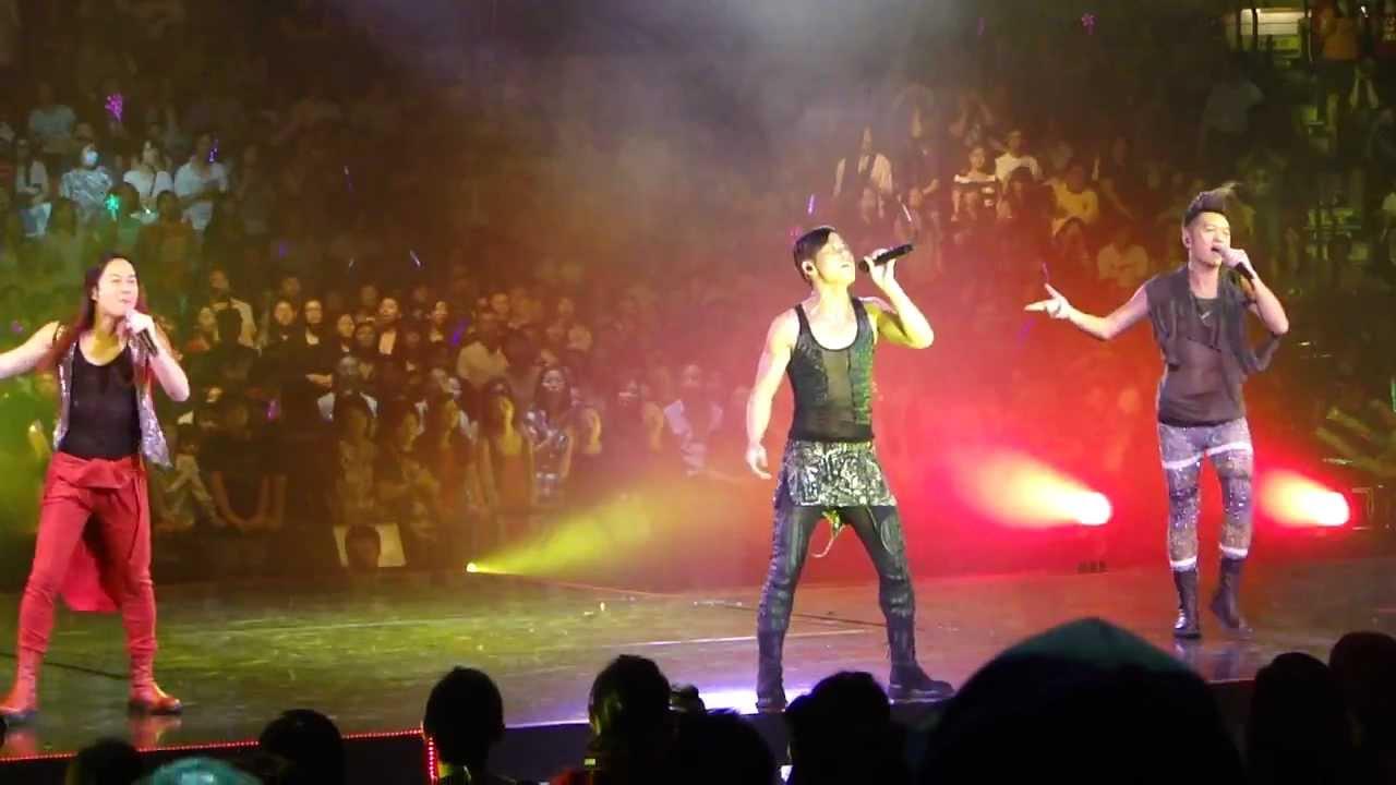 26-8-2011 草蜢 - ABC @ Summer Pop 繼續。忘我。草蜢 Live in HK - YouTube