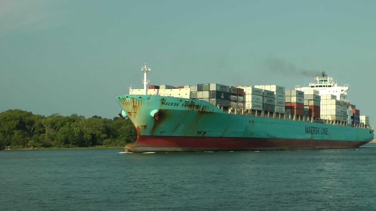 Maersk Damietta container ship at Savannah GA